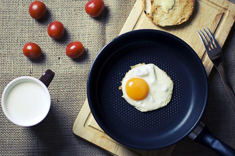 Frying Pan cooking an egg