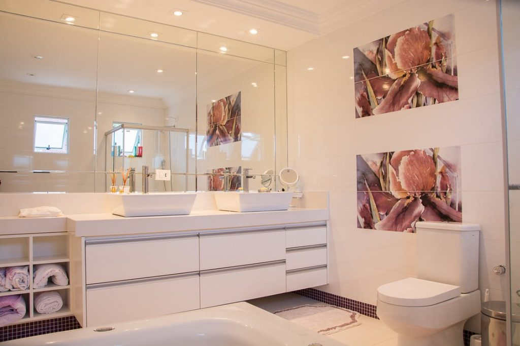 Finding The Best Color Temperature for Bathroom Lighting