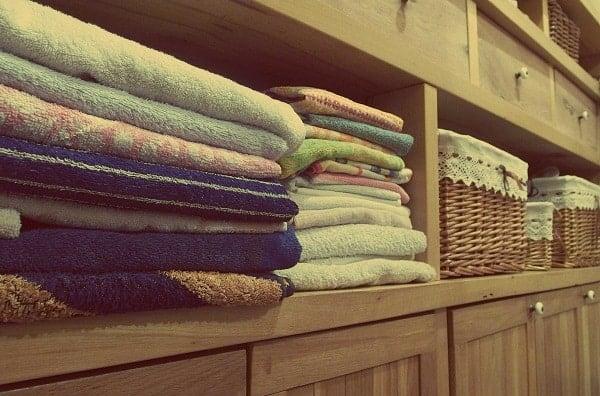 clean-towels-folded