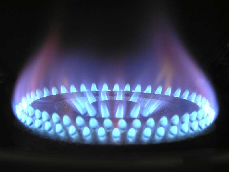 Propane stove outputting plenty of high BTU heat
