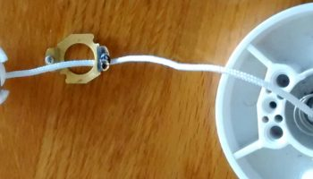 Repairing pull chain on a light