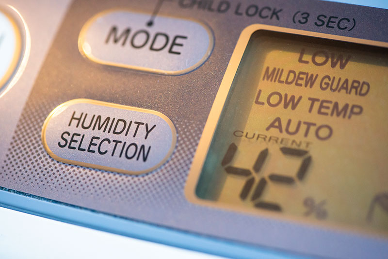 Low humidity setting on dehumidifier