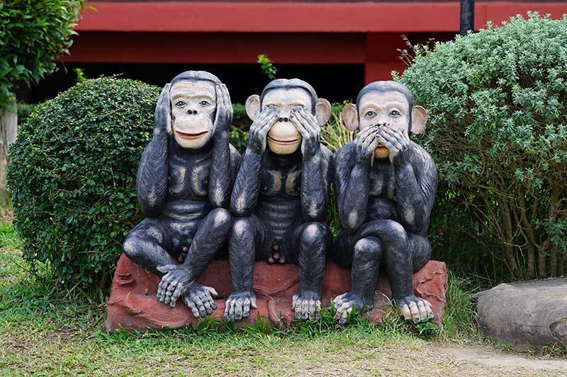 Monkey statue decorations