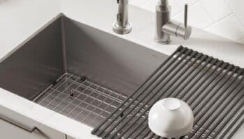 Kitchen Sink With Grid