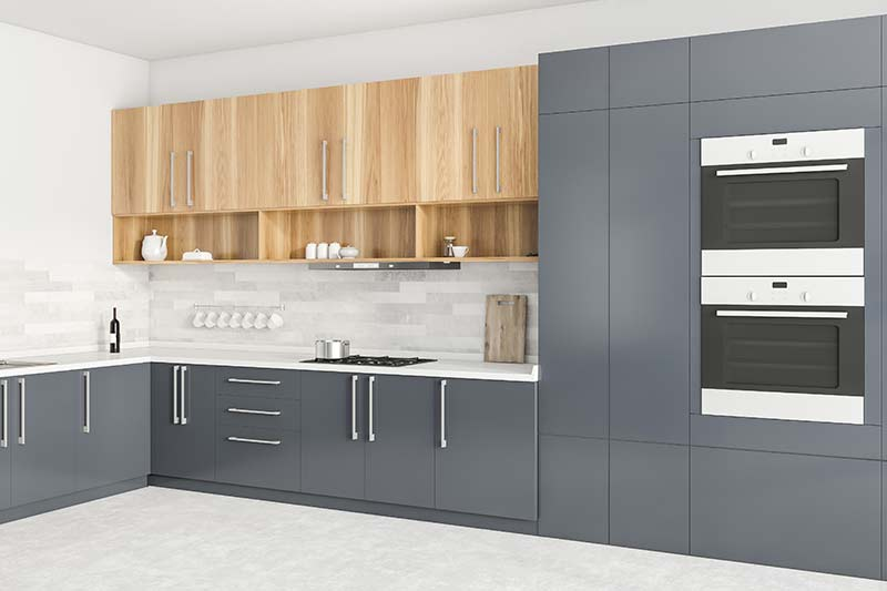 Kitchen with 2 wall ovens