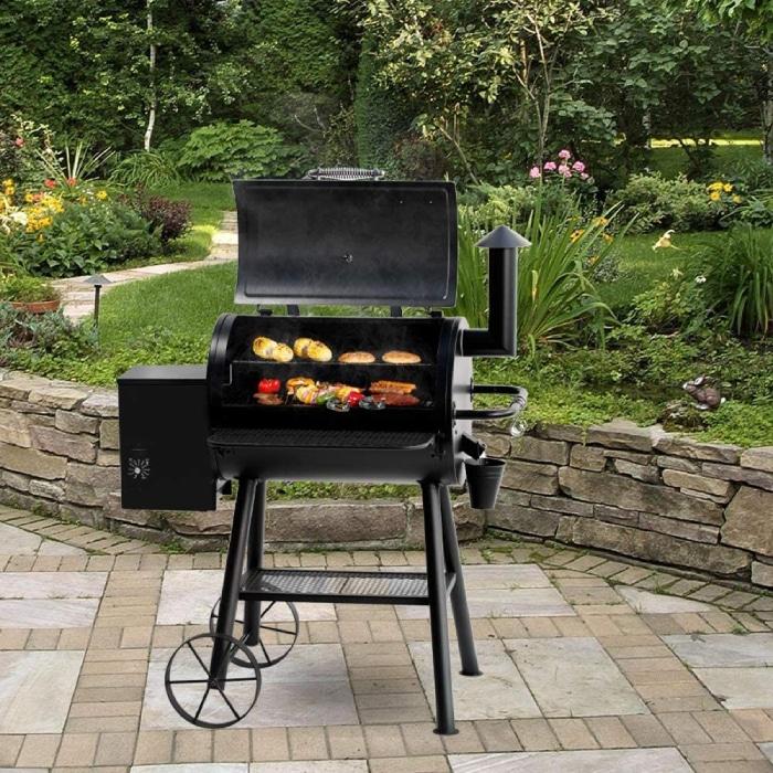 Big Horn Pellet grill outdoors