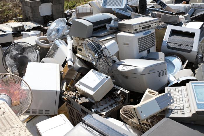 electronics junkyard