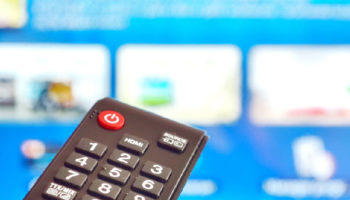 Featured-TV-disconnecting-from-Wi-Fi