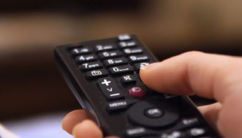 Featured-TV-remote-changing-input