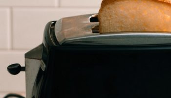 How to Fix a Toaster that's Not Popping Up