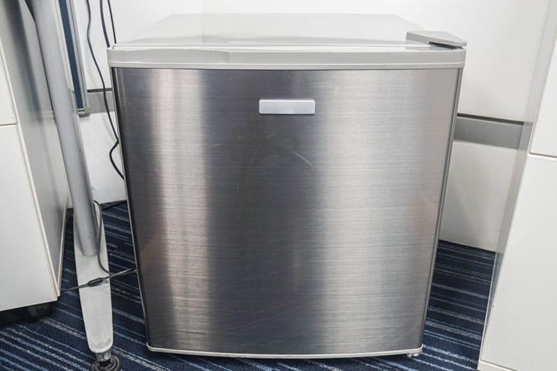 Mini fridge with free space around it
