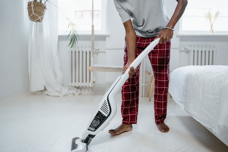 Removing dirt using a vaccum cleaner