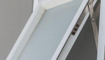 Solving Casement or Crank Windows That Wont Close